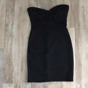 Dresses - Super v dress